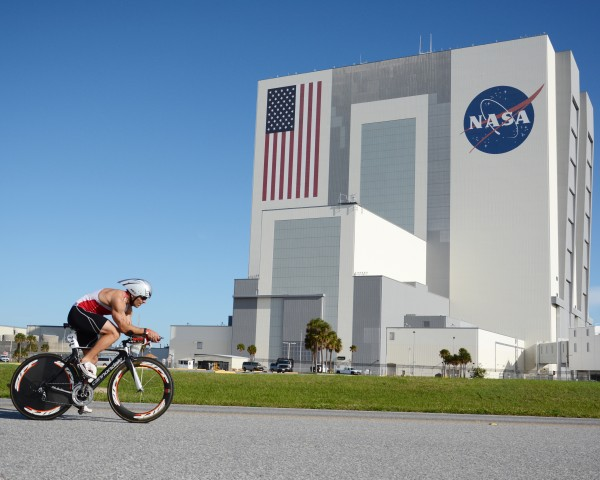 Bike past the VAB (Vehicle Assembly Building)